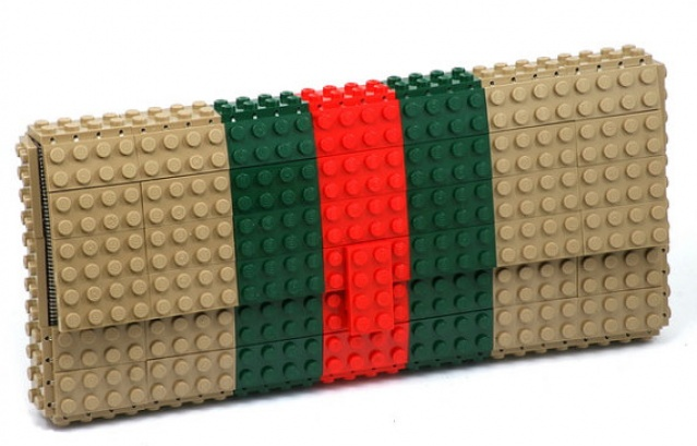 bf8f43dc00 Τσαντάκι απο τουβλάκια Lego γίνεται