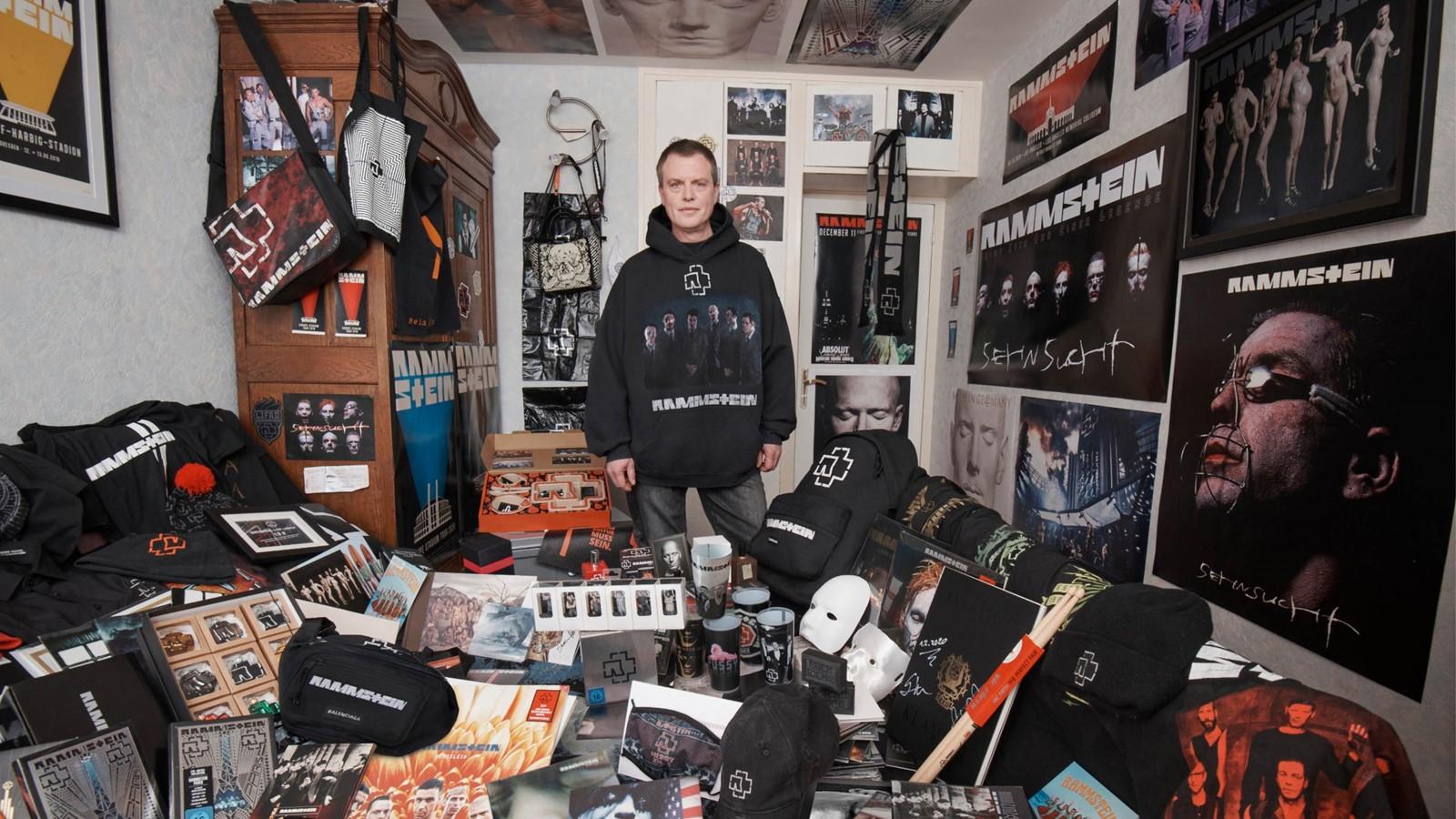 Fotografía de la línea de ropa Rammstein con Balenciaga